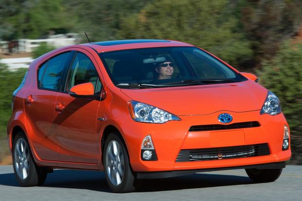 Hatchback Deals: February 2014 featured image large thumb3