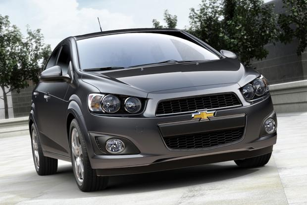 Sedan Deals: February 2014 featured image large thumb4
