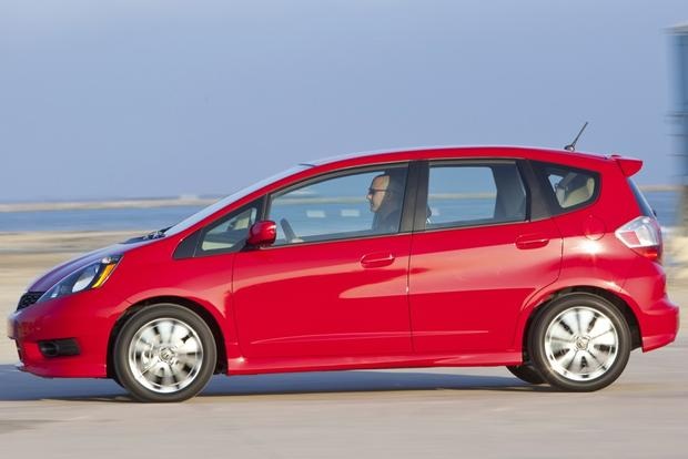 Hatchback Deals: March 2014 featured image large thumb3