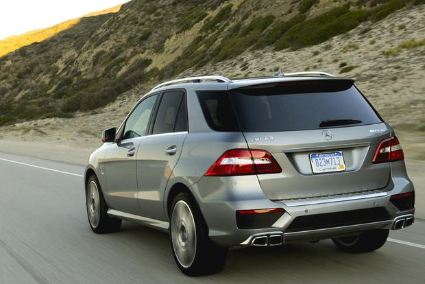 Luxury SUV Deals: March 2014 featured image large thumb4