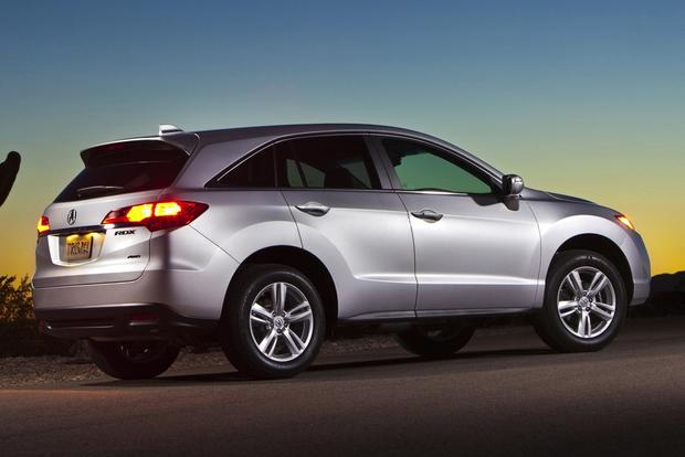 Luxury SUV Deals: April 2014 featured image large thumb1