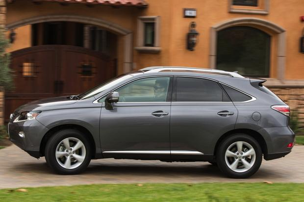 Luxury SUV Deals: April 2014 featured image large thumb3