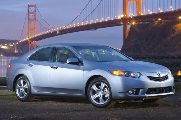 Luxury Car Deals: August 2014 featured image large thumb2