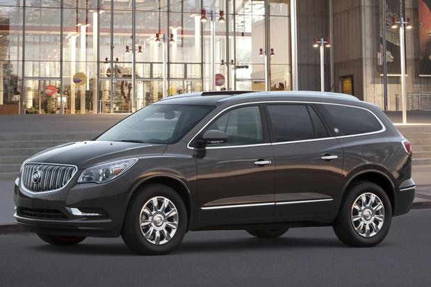 Luxury SUV Deals: August 2014 featured image large thumb1