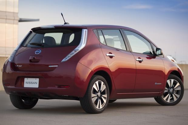Green Car Deals: October 2014 featured image large thumb2