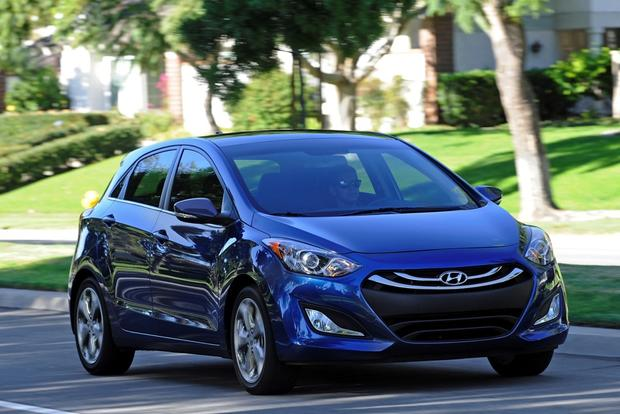 Hatchback Deals: November 2014 featured image large thumb5