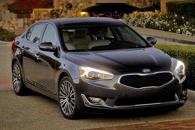 Luxury Car Deals: February 2015 featured image large thumb2
