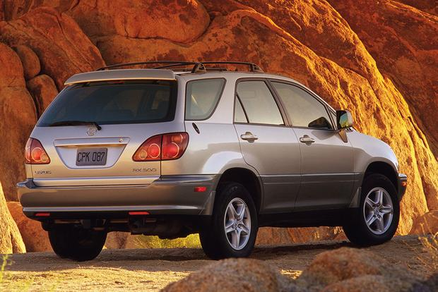 2001-2006 Acura MDX vs. 1999-2003 Lexus RX 300: Which Is Better? featured image large thumb2
