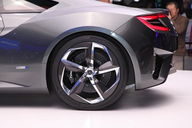 Acura NSX Concept Version 2: Detroit Auto Show featured image large thumb12