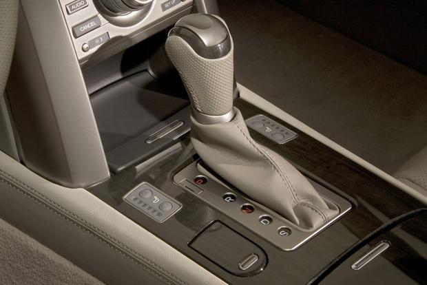 2012 Acura RL: New Car Review featured image large thumb10