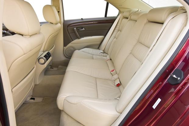 2012 Acura RL: New Car Review featured image large thumb12