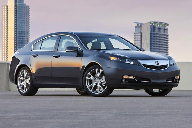 2014 Acura TL vs. 2015 Acura TLX: What's the Difference? featured image large thumb11