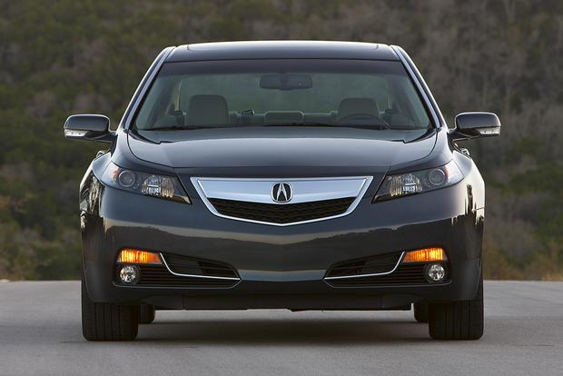 2014 Acura TL vs. 2015 Acura TLX: What's the Difference? featured image large thumb3