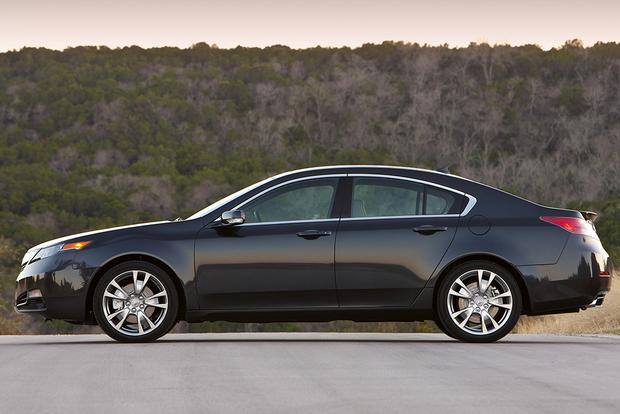 2014 Acura TL vs. 2015 Acura TLX: What's the Difference? featured image large thumb5