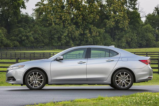 2014 Acura TL vs. 2015 Acura TLX: What's the Difference? featured image large thumb6
