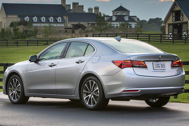 2014 acura tl vs 2015 acura tlx what 39 s the difference autotrader. Black Bedroom Furniture Sets. Home Design Ideas
