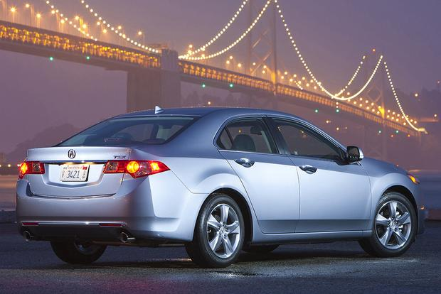 2014 Acura TSX vs. 2015 Acura TLX: What's the Difference? featured image large thumb5