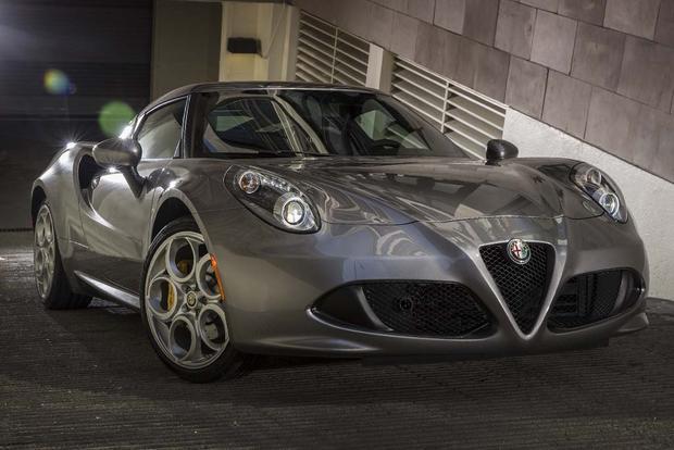 2016 Alfa Romeo 4C: Overview