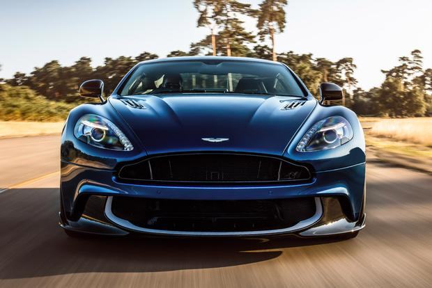 2018 Aston Martin Vanquish: Overview featured image large thumb2