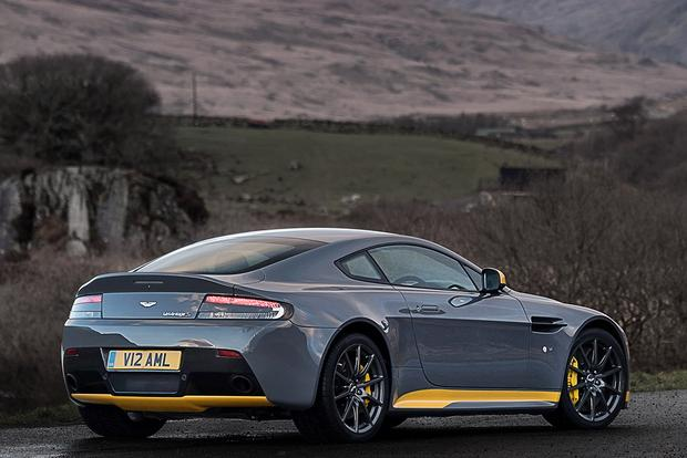 2017 Aston Martin V12 Vantage: Overview featured image large thumb5