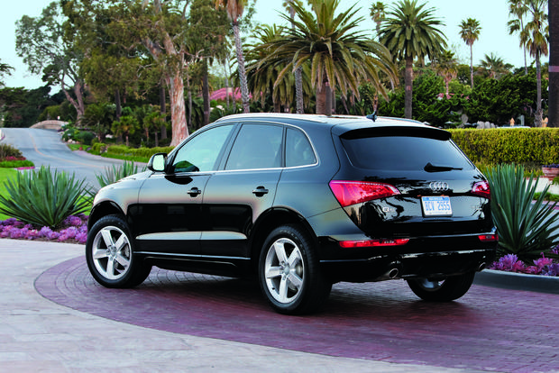 2013 Audi Q5: New Car Review featured image large thumb1