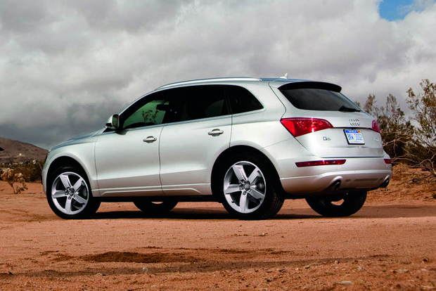 2012 audi q5 used car review autotrader. Black Bedroom Furniture Sets. Home Design Ideas