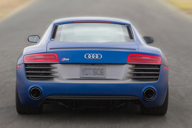 2015 Audi R8: Overview featured image large thumb1
