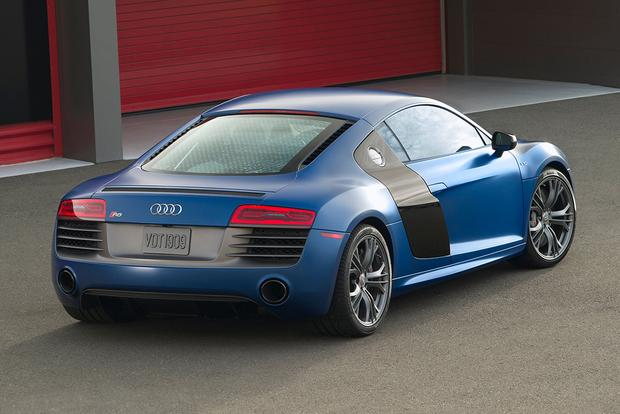 2015 Audi R8: Overview featured image large thumb3