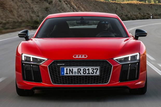 2015 Vs 2017 Audi R8 What S The Difference Autotrader