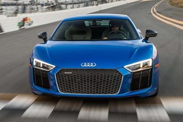 2017 Audi R8: Overview featured image large thumb5