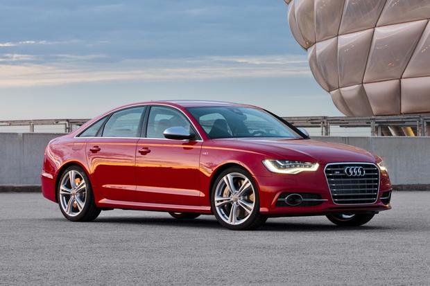 2013 Audi S6: OEM Image Gallery featured image large thumb1