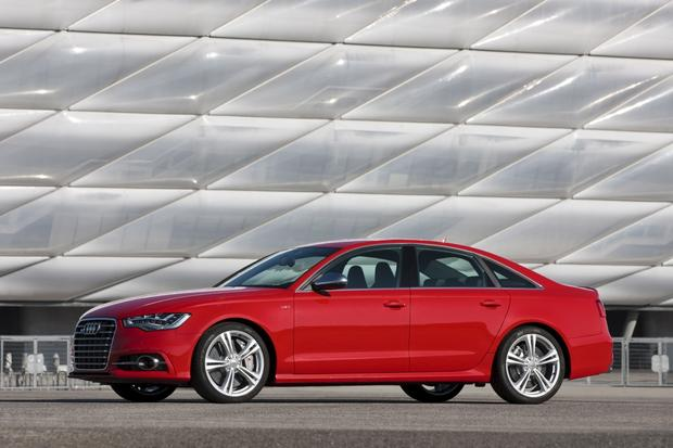 2013 Audi S6: OEM Image Gallery featured image large thumb2