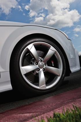 2013 Audi TT RS: New Car Review featured image large thumb3