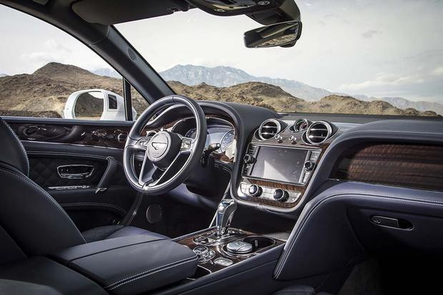 2017 Bentley Bentayga: Overview featured image large thumb4
