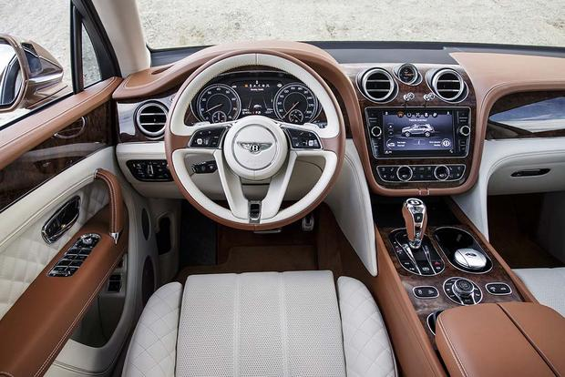 2017 Bentley Bentayga: Overview featured image large thumb7
