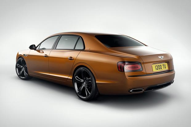 2017 Bentley Flying Spur: Overview featured image large thumb2