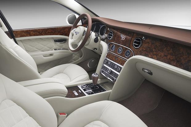 2015 Bentley Mulsanne: Overview featured image large thumb3