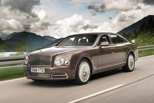 2017 Bentley Mulsanne: Overview featured image large thumb0
