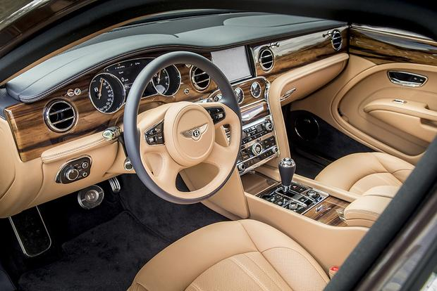 2017 Bentley Mulsanne: Overview featured image large thumb4