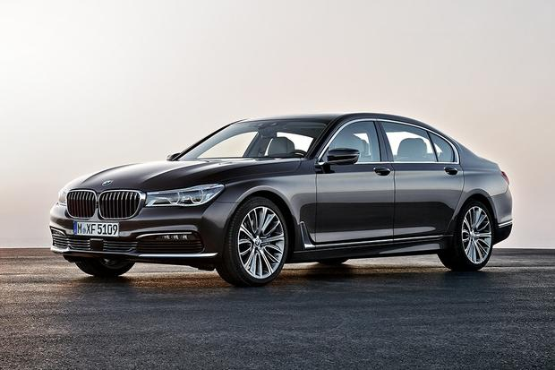 2015 Vs 2016 Bmw 7 Series What S The Difference Autotrader
