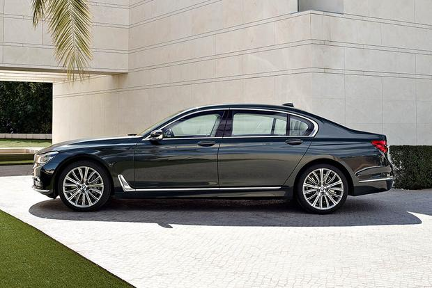2016 BMW 7 Series Whats The Difference Featured Image Large Thumb8