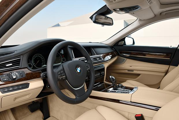 2016 BMW 7 Series Whats The Difference Featured Image Large Thumb1
