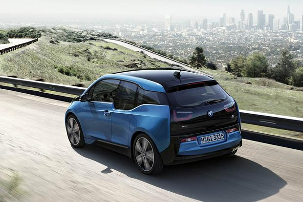 2017 BMW i3: New Car Review featured image large thumb4