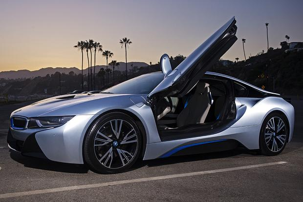 2016 BMW i8: Overview featured image large thumb1