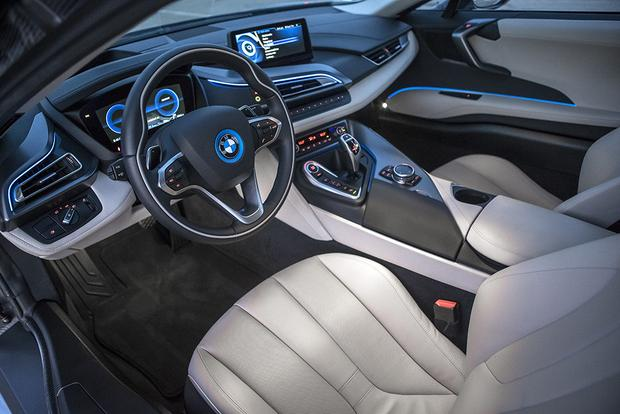 2016 BMW i8: Overview featured image large thumb2