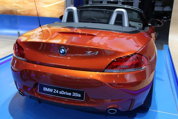 2014 BMW Z4 Series:detroit auto show featured image large thumb4