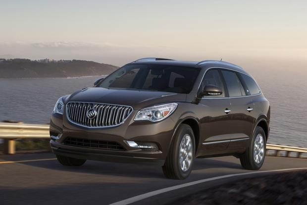 2015 Buick Enclave: New Car Review featured image large thumb1