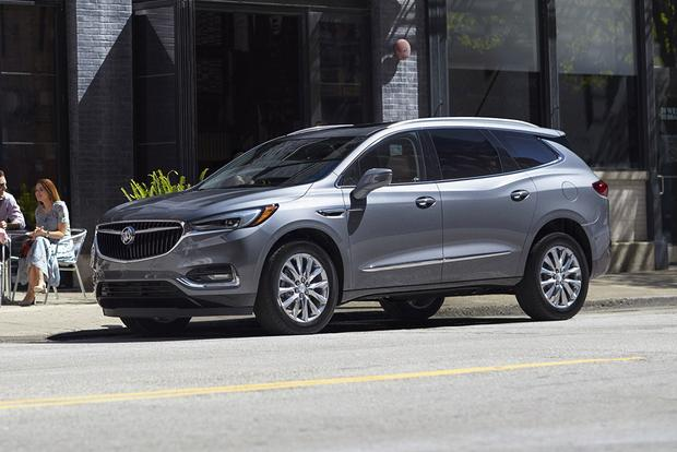2018 Buick Enclave New Car Review Featured Image Large Thumb0