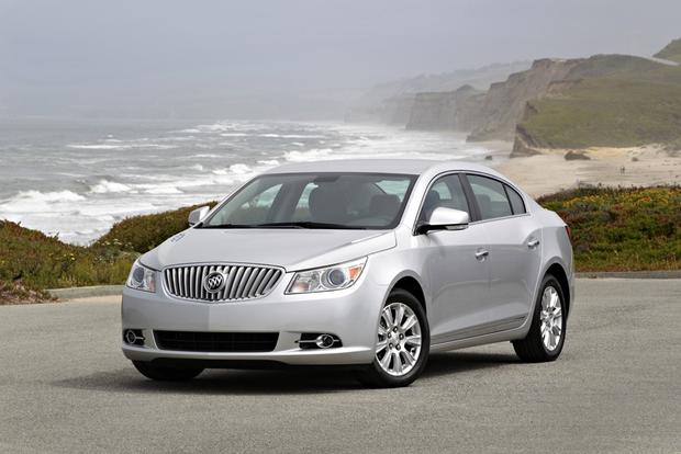 2013 Buick Lacrosse: OEM Image Gallery featured image large thumb0