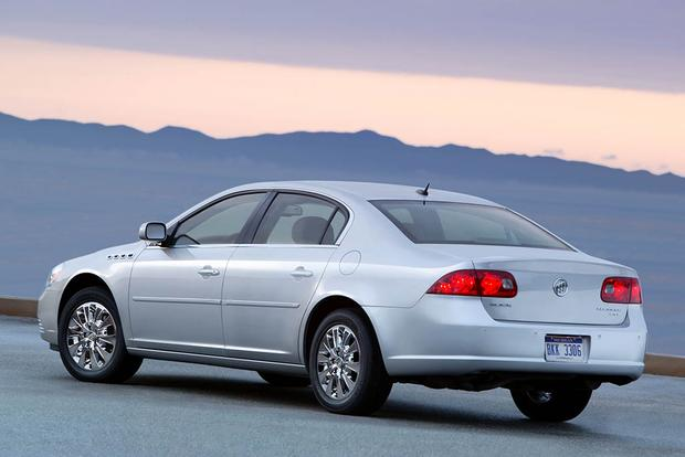 2006-2011 Buick Lucerne vs. 2005-2012 Toyota Avalon: Which Is Better? featured image large thumb9